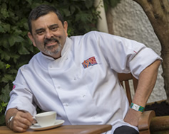 koolstof-vrije-dining-celebrity-chef-cyrus-Todiwala-cafe-spcie-namaste-mr-todiwalas-petiscos