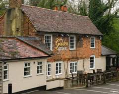 The Golden Grove, Chertsey, Surrey - Marketing de restaurant gratuit, durabilité, ePOS - Repas sans carbone - carbonfreedining.org